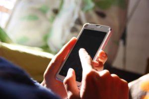 相続時の携帯電話の解約について